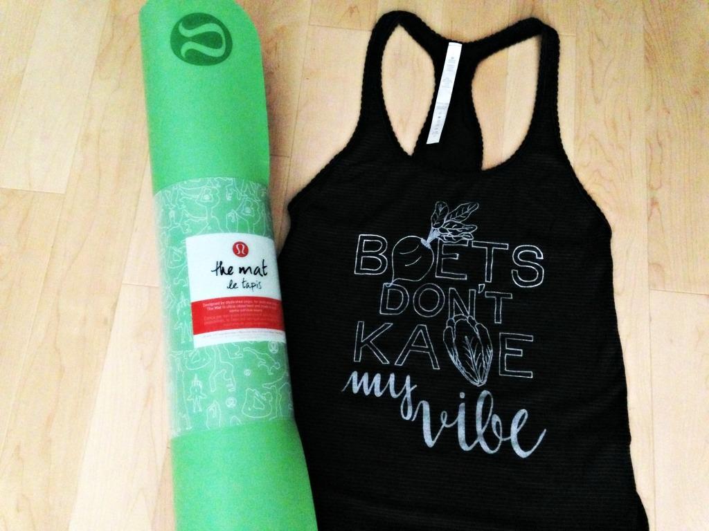 Lululemon tank top and yoga mat