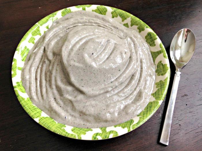 Green smoothie bowl 6.9.15
