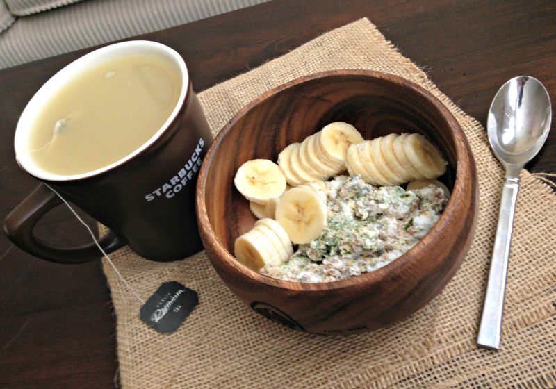 WIAW - oats and tea for breakfast