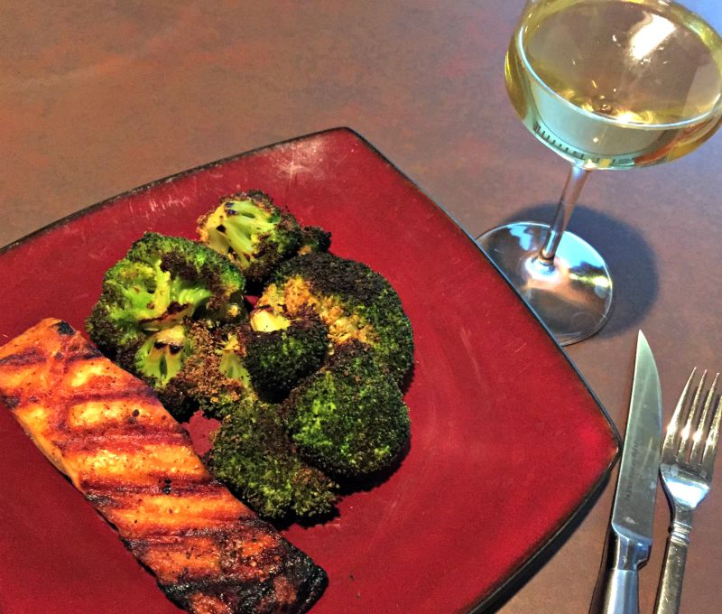What I Ate Wednesday - salmon and broccoli dinner