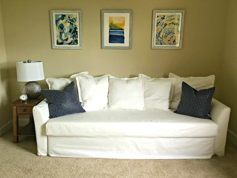 Minted guestroom decor by A Lady Goes West