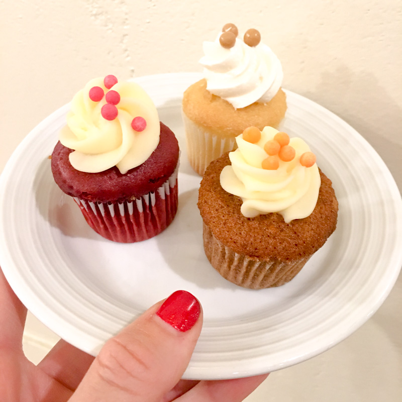 Mini cupcakes in Vegas by A Lady Goes West