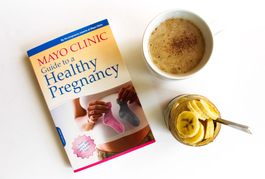 Mayo Clinic Guide to Healthy Pregnancy Book favorite by A Lady Goes West