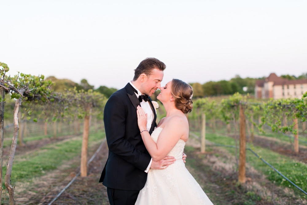 Matthew and Stephanie's first look pictures before wedding at Chateau Elan by A Lady Goes West