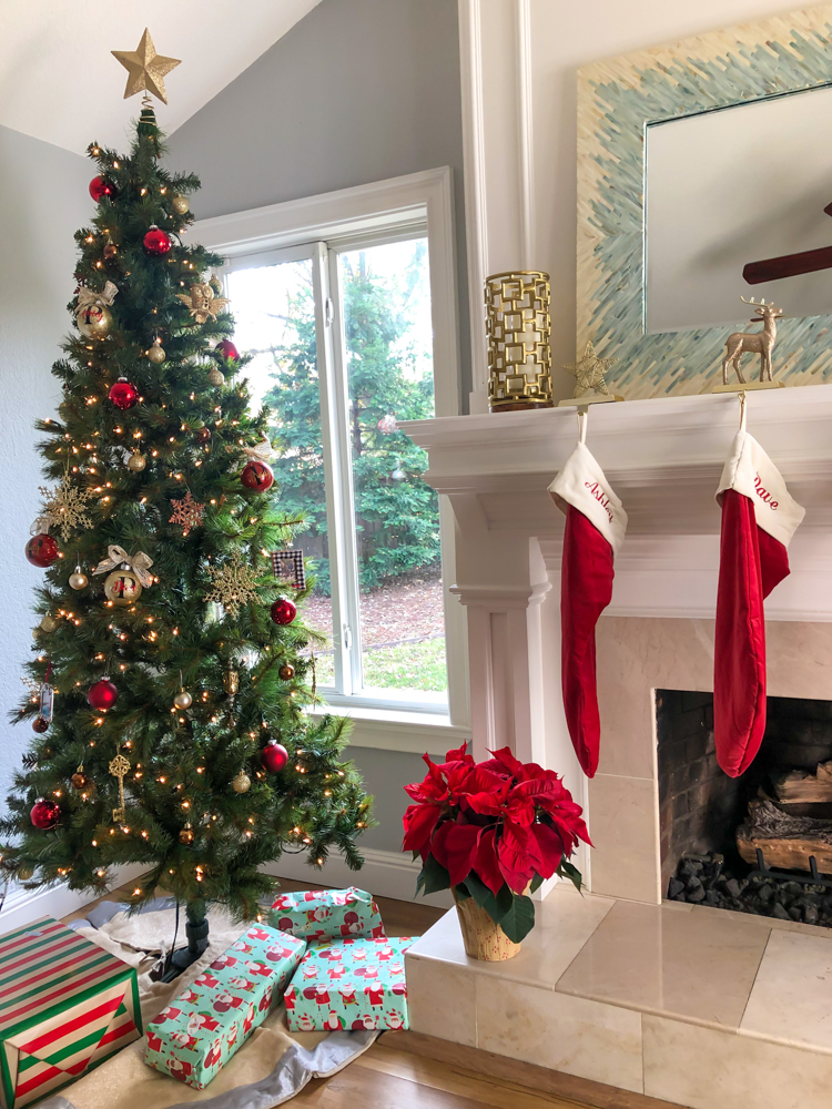 Christmas decor by A Lady Goes West -- December 2019