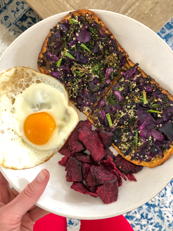Daily Harvest flatbread lunch - by A Lady Goes West - April 2020